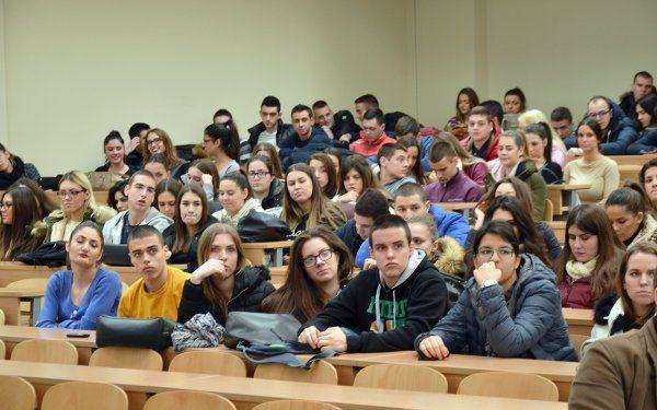 dani-maturanata-druga-ekonomska-skola-beograd-2016-002