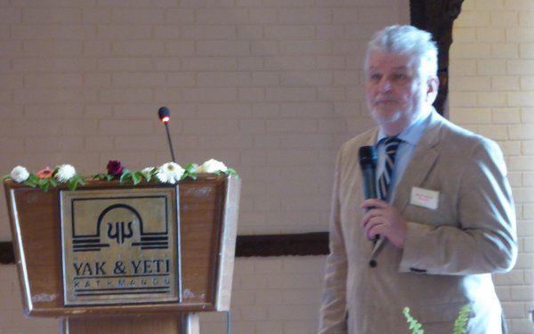 Jovan Popesku na konferenciji u Nepalu - 002