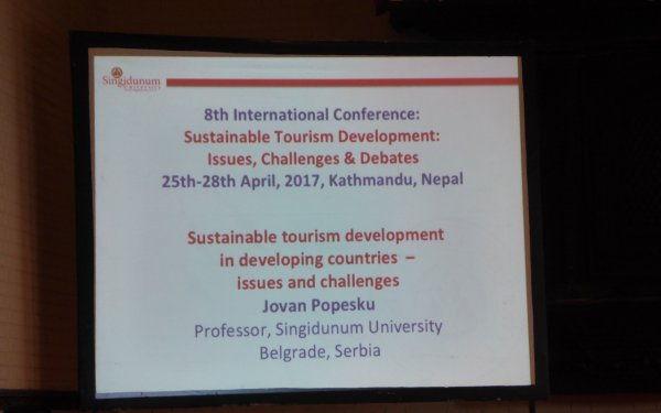 Jovan Popesku na konferenciji u Nepalu - 003