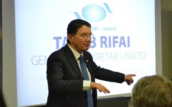 2017-taleb-rifai-004