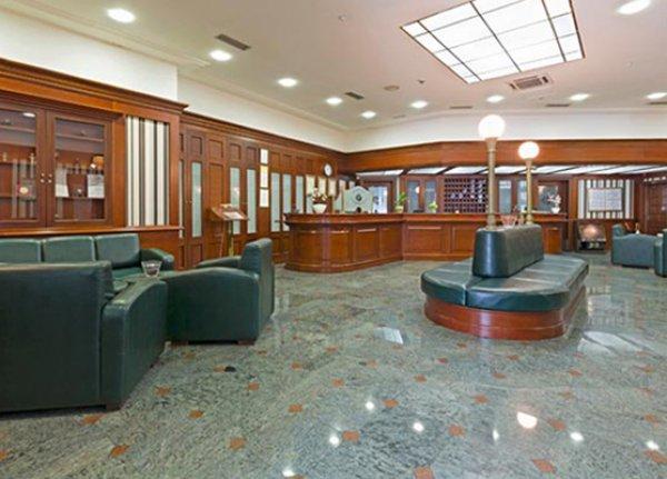 Naši diplomci - Borko Milaš - Hotel Prag - 002