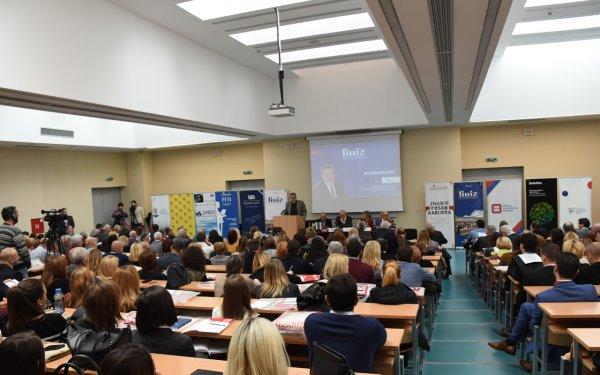 uspesno-realizovana-konferencija-finiza-2017-4
