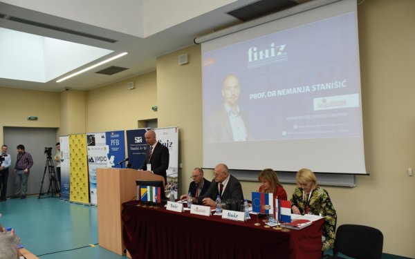 uspesno-realizovana-konferencija-finiza-2017-7