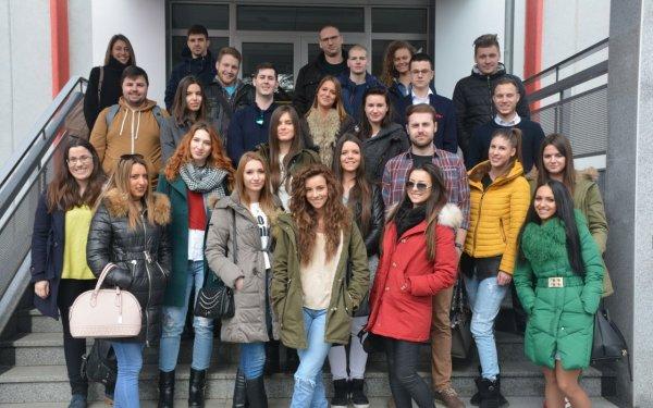 Strucna poseta studenata Sajmu turizma u Beogradu - ns